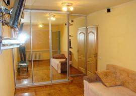 Продам  2-комнатную  квартиру в Алуште. ул.Ялтинская